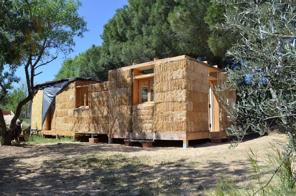 casa de paja, bioconstruccion, como hacer una casa, casas de fardos de paja, tutorial bioconstruccion